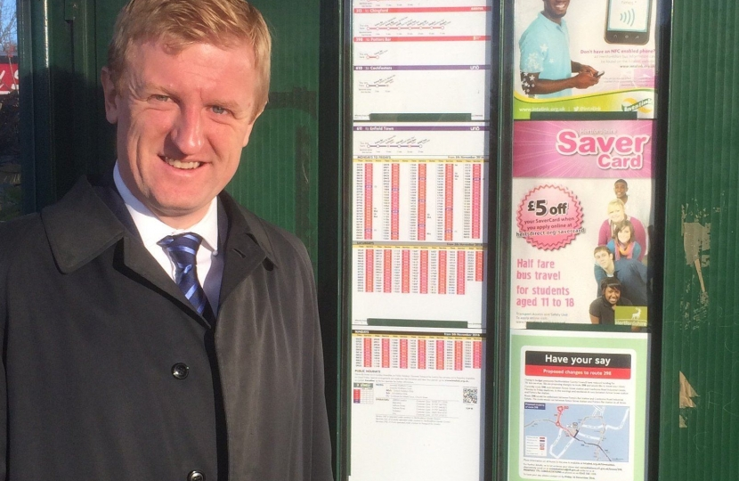 Oliver Dowden at the 298 Bus Route in Potters Bar