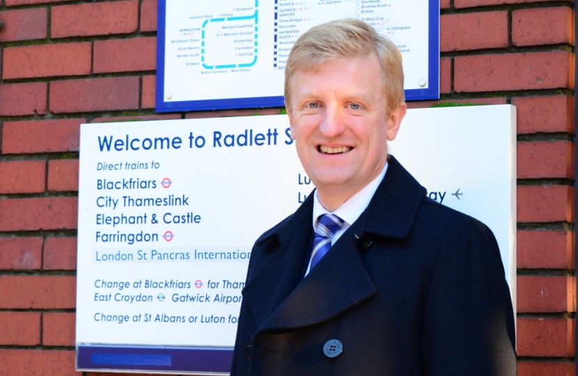 Oliver Dowden at Radlett station